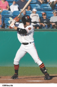 Former San Jose Giants outfielder Juan Perez has signed a minor league deal with the Chicago Cubs