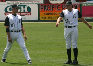 Ishikawa (L) and Nate Schierholtz were two of the offensive leaders on San Jose's record-setting 2005 club